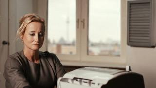 Iris von Kluge Artgirls-02